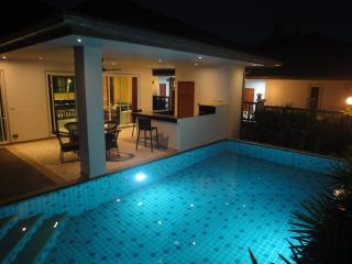 Villa 2 bedrooms with private swimming pool, Chalong