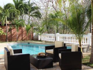 Casa Paraiso, Elegant Beachfront Estate Home