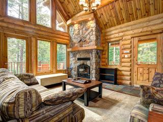 4 bed lakeside chalet at Blueberry Lake, Tremblant