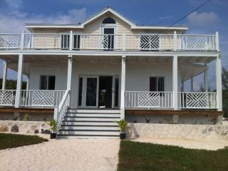 Sweet Summer Breeze Vacation Villa, Eleuthera