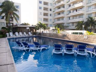 Ixchel Beach 2 bedroom Condo 301/302