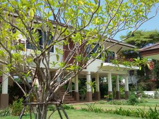 Rimtalay AngSila Guest House in gated community of Thai at Muang,Chon Buri