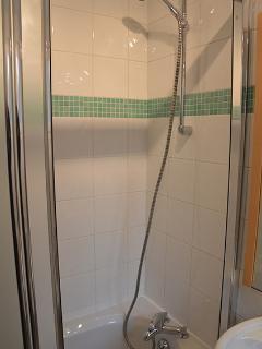 baignoire-douche fermée