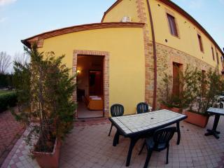 Pioppo house in Tuscany Chianti Hills, Castelnuovo Berardenga