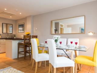Beautiful Holiday Apartment in Central London, Londres