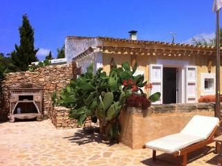 Rural Place WIFI Family Finca SAT, Formentera