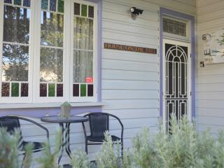 Amazing Original 5* Federation 3BR Cottage circa 1907 - FREE WIFI