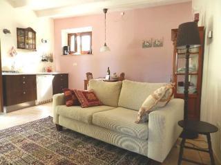 De woonkamer van appartement 'Rosa'