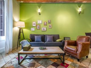Homearound Green Market Apartment (3 BR), Barcelone