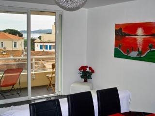 Appartement f3 - Vue mer/St-Tropez, Saint-Maximin-la-Sainte-Baume