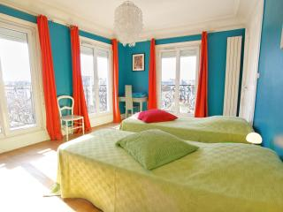 bnb folie canal, Paris