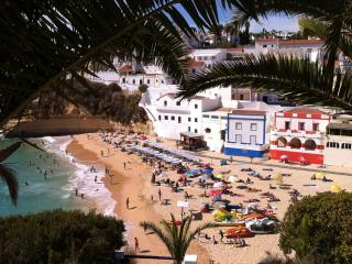 Central Carvoeiro Colina Verde apartment sleeps 6