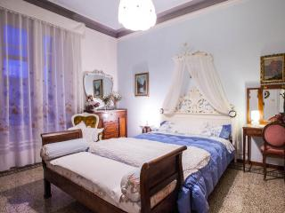 Beautiful Apartment in Florence & WIFI, Florença