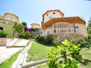 Beautiful villa, Kargicak