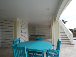 New Summer Kitchen & Seating Area