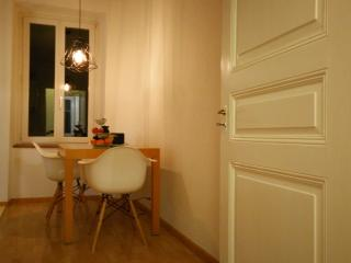 Basel Charme Apartment No 1, Basilea