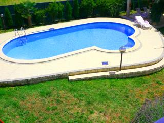 Apartment in Valtura with POOL, Vodnjan