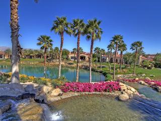 Modern Spanish Golf Villa with Pool & Spa, La Quinta