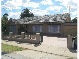On The McIvor - Comfortable, fully furnished house, Bendigo