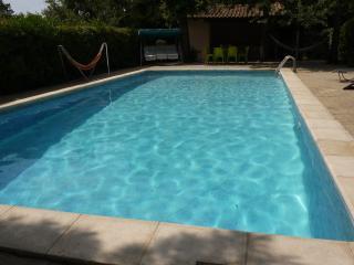 Quiet Hill:Villa-swimming pool-big wooden park