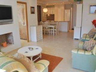 Spacious lounge with separate dining area.Kitchen open plan all new,modern appliances.