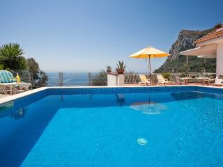 Amalfi Coast Nerano private VILLA LUCIANA, private pool, parking, sea view, wifi