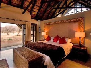 Buffalo Thorn Lodge, Pilanesberg National Park