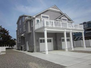 Gorgeous 5 bdrm Avalon beach house new in 2013