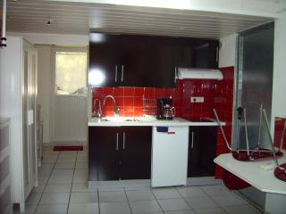 Studio Neat and Tidy is to Satisfy Tenants, Martigues