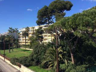 deux pièces front de mer, Cannes