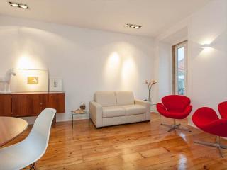 Design Duplex Apartment BA/ Chiado, Lissabon