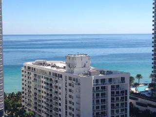 Modern Ocean View Condo, Sunny Isles Beach