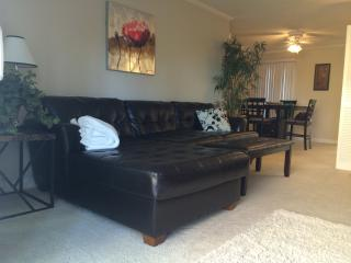 Best 3 Bed in Newport Beach $195/Ngt - UNBEATABLE