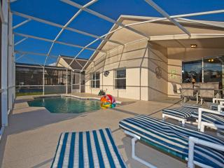 Newly Re-Decorated 4BR/2bathSouth Face Heated PooL, Kissimmee