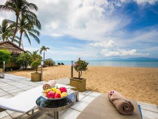 B1 Beachfront Suites - Luxury in Bophut