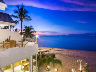 B1 Beachfront Suite, Fishermans VIllage, Cyan, Ko Samui