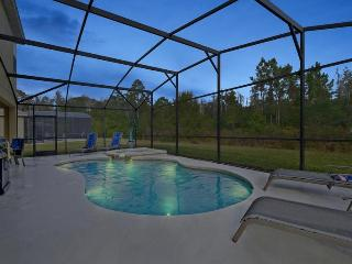 Ultra Luxury 6/5 pool home by Disney sleeps 12, Kissimmee