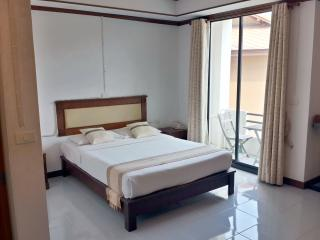 Chaweng Budget Serviced Apartment