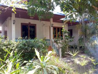 House with Kitchen 100m to Beach A, Bophut