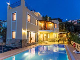 Villa Alp, 50 meters to the sea