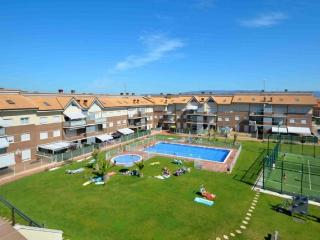Precioso piso en urbanización con piscina, Alesanco