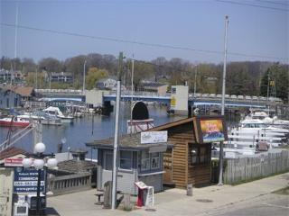 WaterTowne 2 - Prima Donna - Summer rentals begin or end on Friday., South Haven