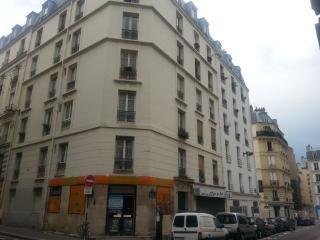 Vacances ou stage à Paris, appartement tranquille