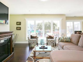 Stunning Executive Suite 3 BR/2BA sleeps 6, San Francisco