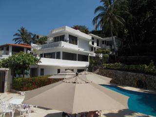 Villa Condesa, Acapulco