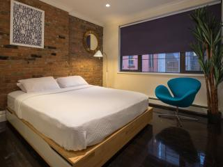 Two-Bedroom Gut Renovated Apartment, Nueva York
