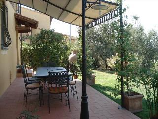 I5.125 - Nice villa with p...