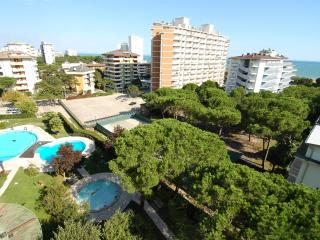 Duna Residence sea view aprt with 2 pools & A/C, Lignano Sabbiadoro