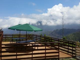 La terrasse ou vous pourrez admirer le paysage