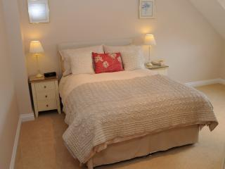Sleep well in the beautifully decorated bedroom ~ double room